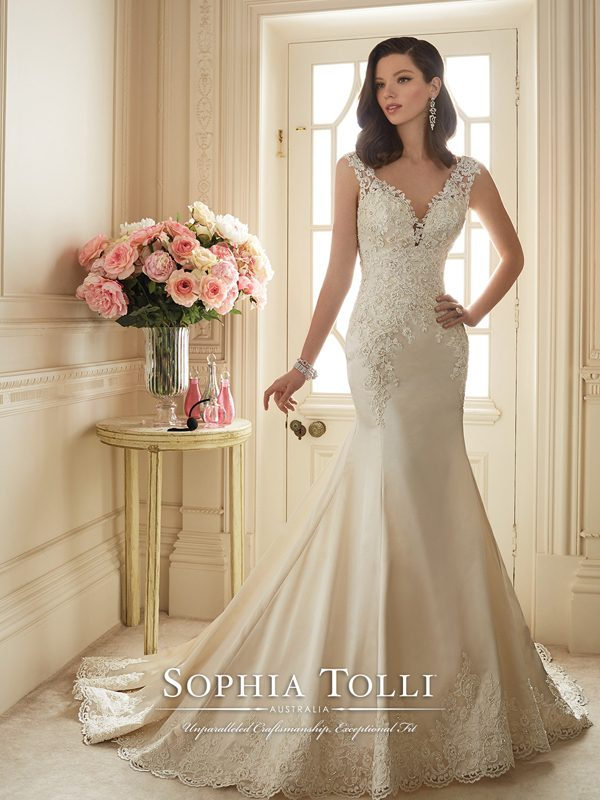 Fit And Flare Wedding Dress.Sophia Tolli Y11629 Wedding Dress