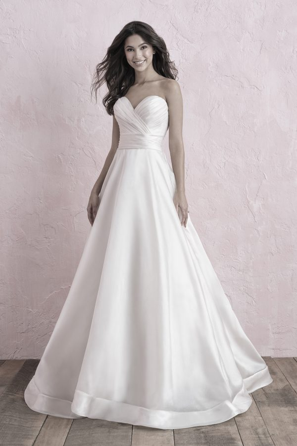 3250 Allure Romace Bridal Gown